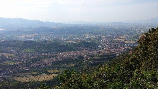 Monteluco, Italia: Veduta sulla valle spoletina