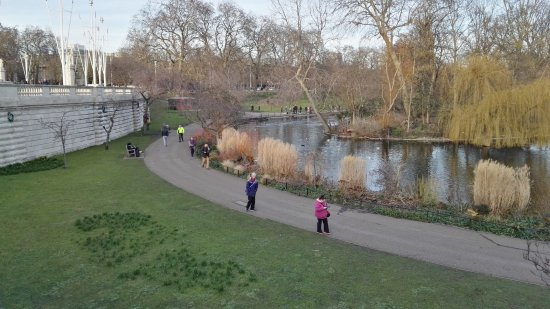 Hyde Park: ..lungo-lago