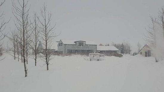 Country Hotel Anna: Some snow around during our visit!