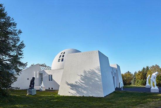 Reykjavík Art Museum Ásmundarsafn