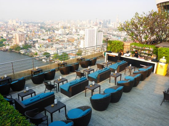 three sixty lounge au en picture of threesixty lounge bangkok tripadvisor. Black Bedroom Furniture Sets. Home Design Ideas