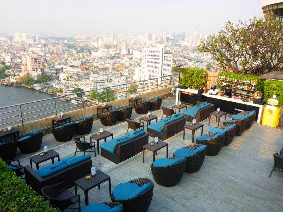 three sixty lounge au en picture of threesixty lounge bangkok tripadvisor. Black Bedroom Furniture Sets. Home Design Ideas