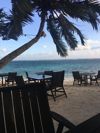 Titikaveka, Ilhas Cook: view from our table