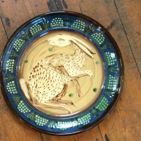 Pembridge, UK: Ceramic 'Hare' Platter
