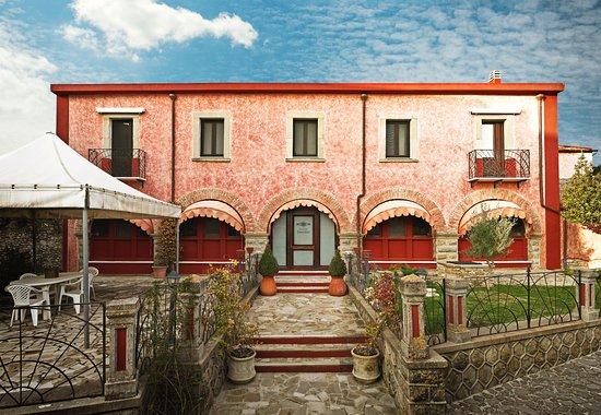 Ingressi Esterno Di Casa : Ingresso esterno foto di antica casa pasolini mandas tripadvisor