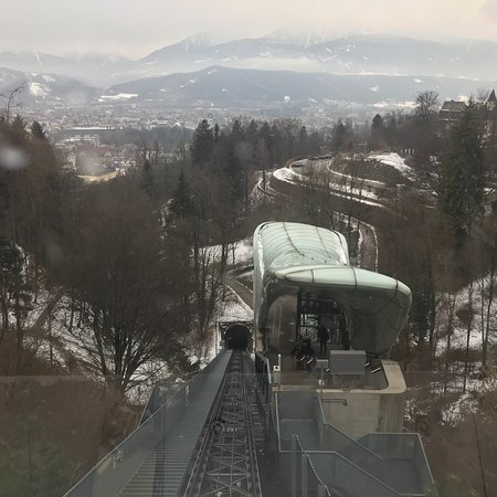 Hungerburgbahn in Innsbruck: photo3.jpg