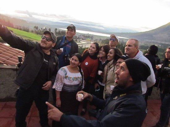 San Pablo Del Lago, Эквадор: La foto perfecta desde nuestra terraza en el nuevo restaurante!