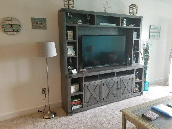 The Villas of Hatteras Landing: Living Room