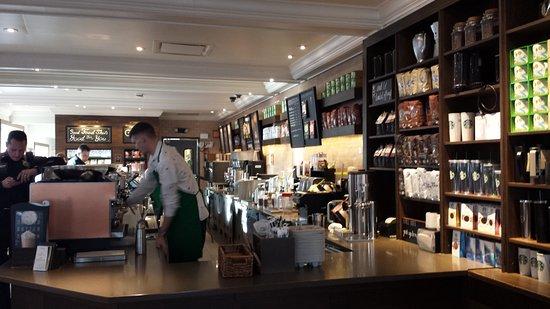 Starbucks: Il bancone basso è bellissimo