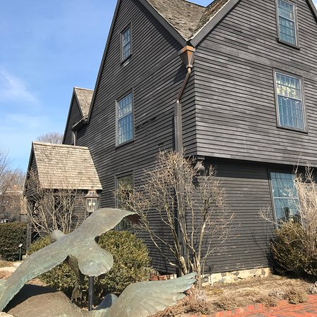 The House of the Seven Gables: photo1.jpg