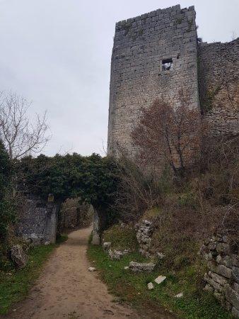 Kanfanar, Croatia: Main entrance to city