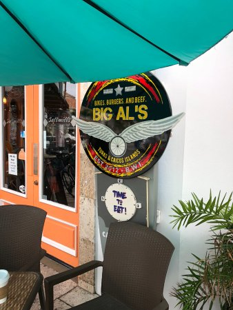 Big Al's Island Burger: the outisde