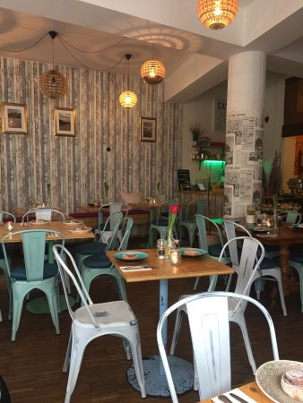 Tolles Veganes Hinterhof Cafe Emmi S Kitchen Munchen