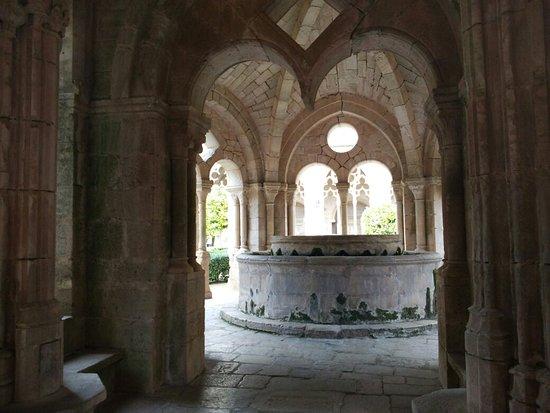 Real Monasterio De Santes Creus: IMG_20180220_145402_large.jpg