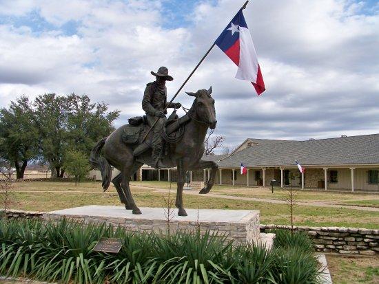 Ουάκο, Τέξας: Waco: where the real story begins