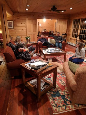 Carrabassett Valley, ME: Come relax in our spacious common areas!