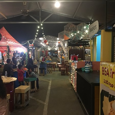 ASquare Container Night Market