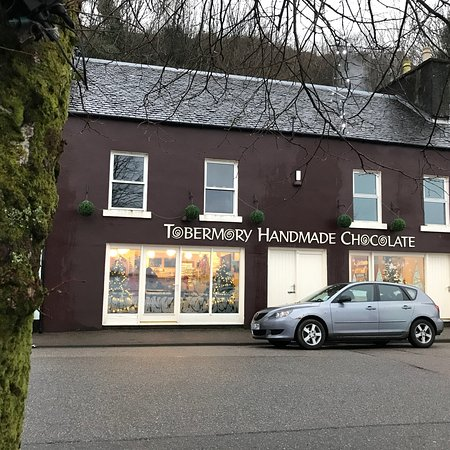 Tobermory Handmade Chocolate : From a pre Christmas visit! Lovely views!!