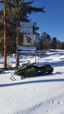 Tomahawk, WI: Park your snowmobile or ATV right outside your cabin, connect right to trails