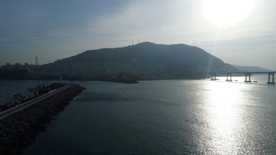 Busan Beach Tourist Hotel: TA_IMG_20180222_083149_large.jpg