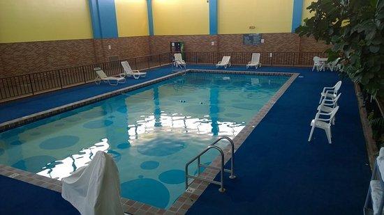 Goodland, KS: Pool