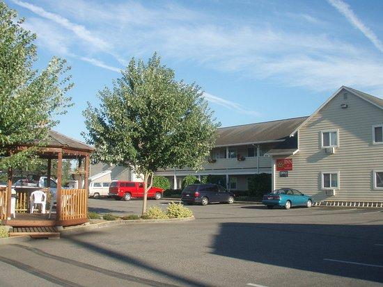 Snohomish Inn: Exterior