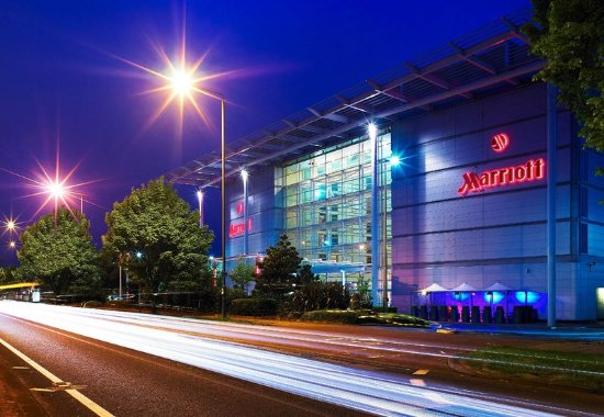 London Heathrow Marriott Hotel: Stay at our hotel located at Heathrow Airport