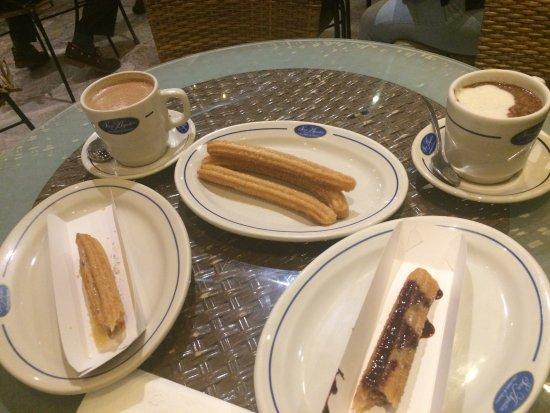 San Augustin Chocolates & Churros: Sweets!!