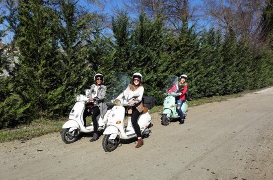 The Mythic Vespa Tour of Florence ...