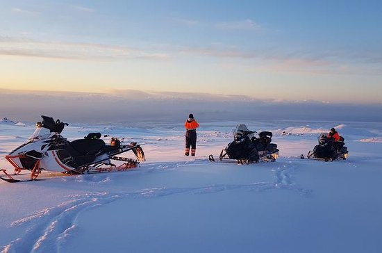Moto de nieve en Eyjafjallajökull