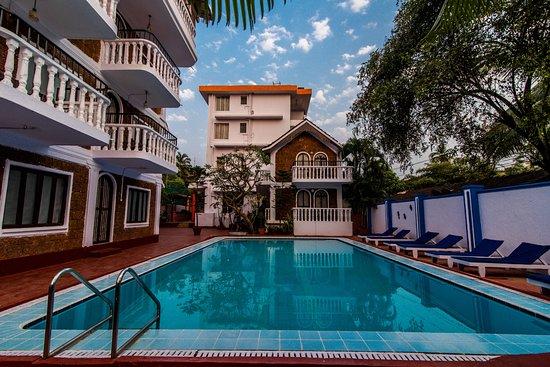 Mira hotel bewertungen fotos preisvergleich calangute for Preisvergleich swimmingpool