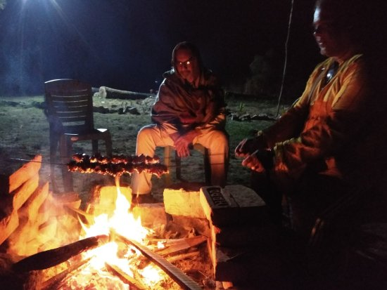 Birbhum District, Indien: Bonfire at Aruni Resorts,Joydeb Kenduli,Birbhum,India