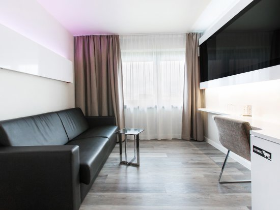 dormero hotel hannover germany reviews photos price comparison tripadvisor. Black Bedroom Furniture Sets. Home Design Ideas