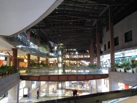 ILUNION Aqua 3: Centro commerciale , hotel è al 4 piano