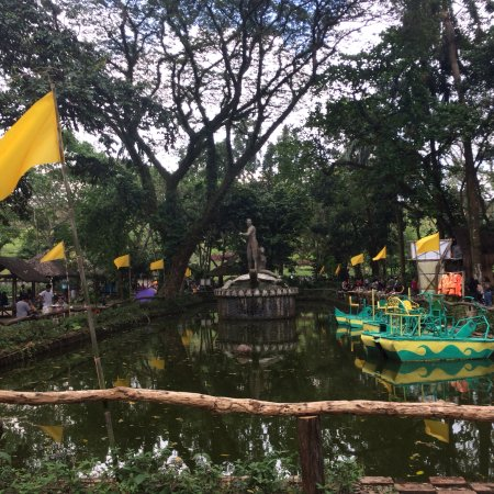 La mesa eco park quezon city 2018 all you need to know - La mesa eco park swimming pool photos ...