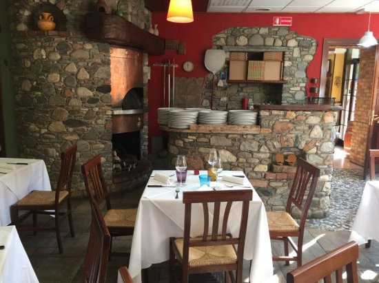Germignaga, Italy: Saletta rossa