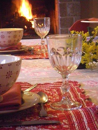 Pleurtuit, France: Petits-déjeuners - Maison d'hôtes La Métairie
