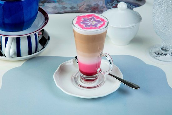 Fanajeen Cafe: Rose Latte