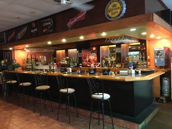 Rincon Cubano: Bar