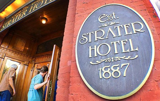 Strater Hotel: Welcoming guests since 1887.
