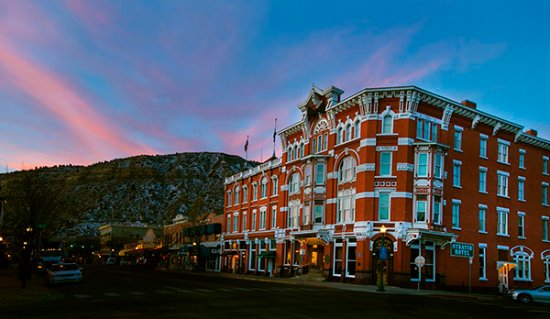 Strater Hotel: Sunrise in Durango, Colorado.