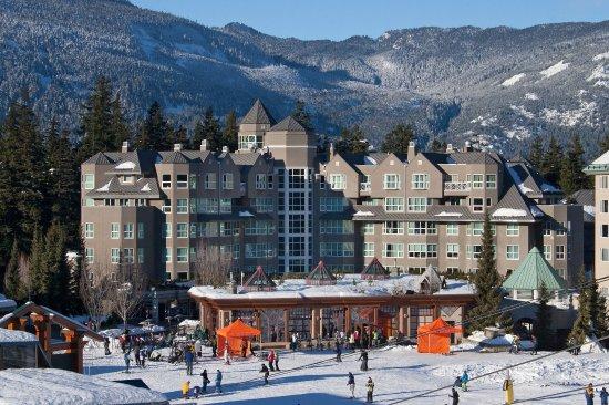 Le Chamois Hotel - Ski-in Ski-out Access