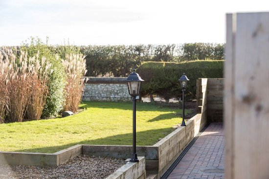 Titchwell, UK: View from patio to room 7/8+9