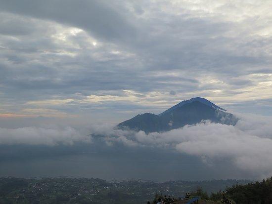 Download 4400 Koleksi Background Keren Di Gunung Gratis Terbaru