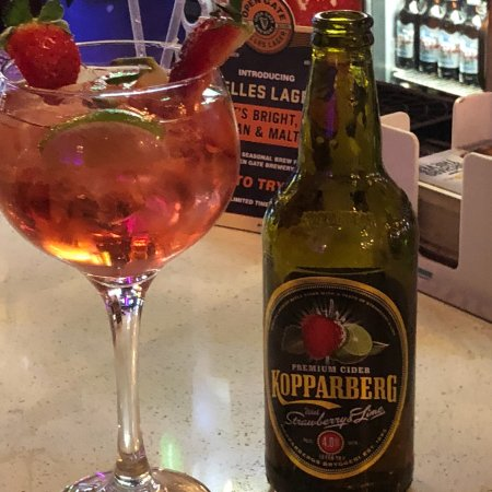 Ollies Place: This how ollies serves a Kopparberg the best.