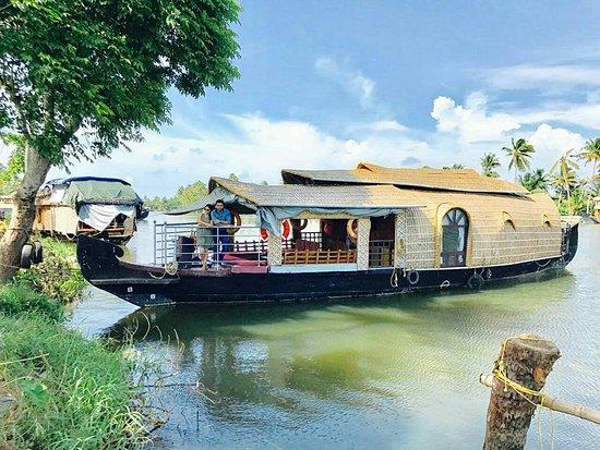 Christopher Houseboats