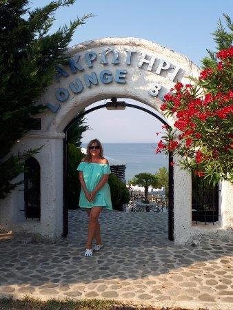 Korinos, Yunanistan: здесь чистейшее море
