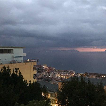 Via Caracciolo e Lungomare di Napoli : photo2.jpg