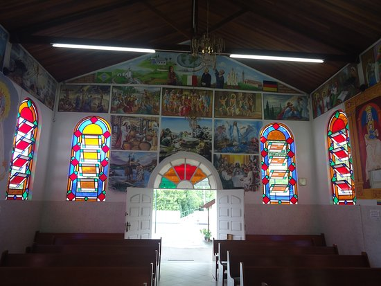 Jambeiro, SP: Igreja Rosa Mystica Parte Interna