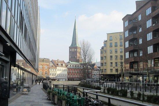 Aarhus Domkirke: Domkirken i februar-sol